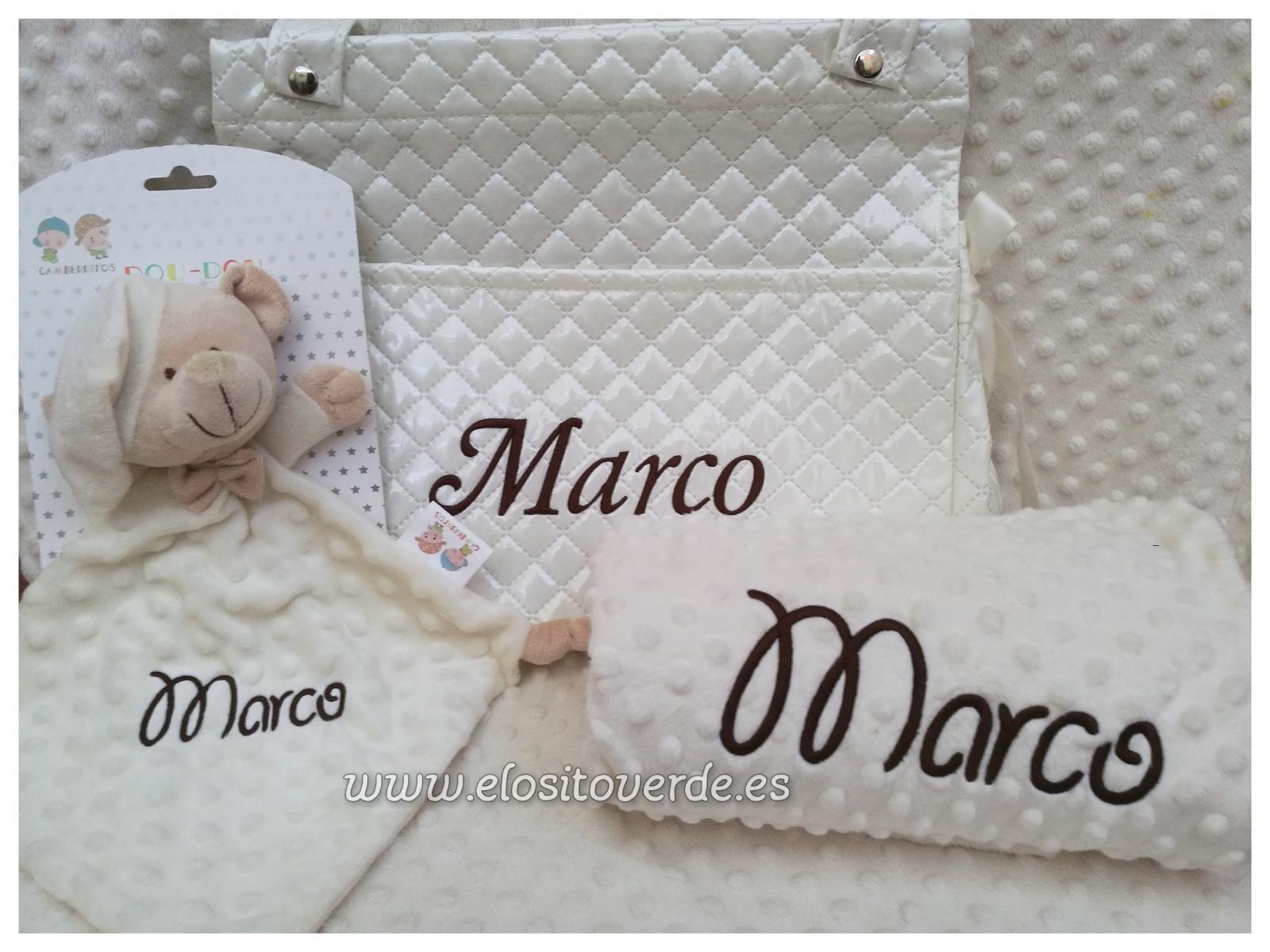 Precioso Pack para regalar con Manta personalizada, douodu bordado y ...