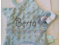 Doudou mordedor chupetero topitos bebé bordado estrella verde agua