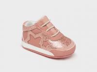 Deportiva recién nacida niña rosa estrella mayoral