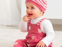 Pelele ECOFRIENDS con gorro recién nacida niña mayoral lunares